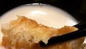 你们吃油条的时候,会放进豆浆里浸一浸吗?