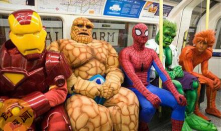 """坐地铁遇见这帮""""英雄"""""""